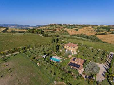 Image 1 | 4 bedroom farmhouse for sale with 3 hectares of land, Pienza, Siena, Chianti 216542