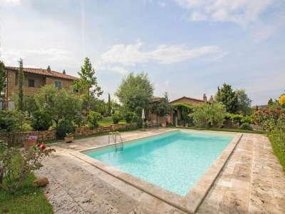 Image 22 | 4 bedroom farmhouse for sale with 3 hectares of land, Pienza, Siena, Chianti 216542