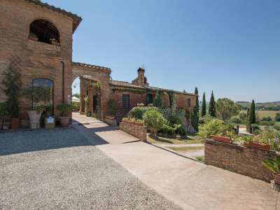 Image 17 | 12 bedroom farmhouse for sale with 13 hectares of land, Siena, Chianti 216618