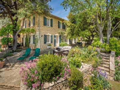 Image 1   6 bedroom house for sale with 4 hectares of land, Goult, Vaucluse , Luberon 216914
