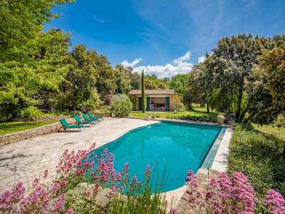 Image 2   6 bedroom house for sale with 4 hectares of land, Goult, Vaucluse , Luberon 216914
