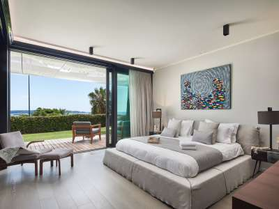 Image 6   3 bedroom apartment for sale with 296m2 of land, Cannes, French Riviera 216920