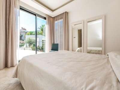 Image 21 | 5 bedroom villa for sale with 1.19 hectares of land, Puente Romano, Marbella, Malaga Costa del Sol, Marbella Golden Mile 216941