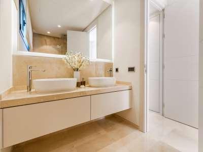 Image 26 | 5 bedroom villa for sale with 1.19 hectares of land, Puente Romano, Marbella, Malaga Costa del Sol, Marbella Golden Mile 216941