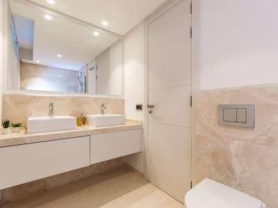 Image 27 | 5 bedroom villa for sale with 1.19 hectares of land, Puente Romano, Marbella, Malaga Costa del Sol, Marbella Golden Mile 216941