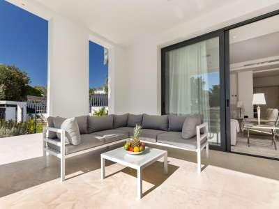 Image 34 | 5 bedroom villa for sale with 1.19 hectares of land, Puente Romano, Marbella, Malaga Costa del Sol, Marbella Golden Mile 216941
