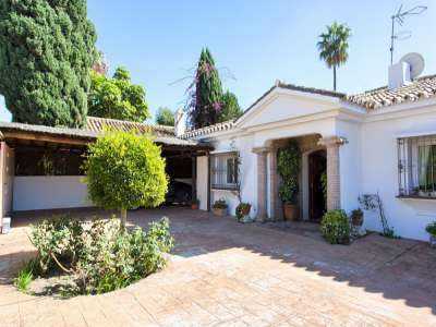 Image 19 | 3 bedroom villa for sale with 981m2 of land, Estepona, Malaga Costa del Sol, Andalucia 217448