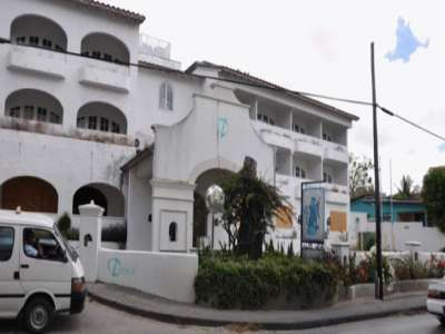 Image 8 | 52 bedroom hotel for sale with 0.43 hectares of land, Saint James 218040