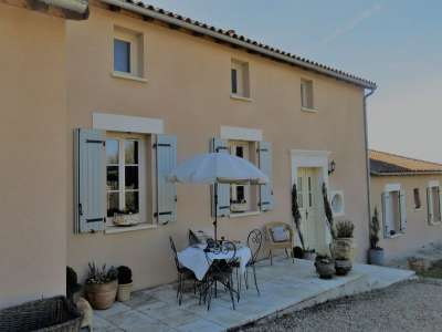 Image 1 | 4 bedroom house for sale with 1.63 hectares of land, Aunac, Charente , Poitou-Charentes 219073