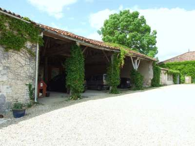 Image 10 | 17 bedroom house for sale with 1.17 hectares of land, Cognac, Charente , Poitou-Charentes 219254