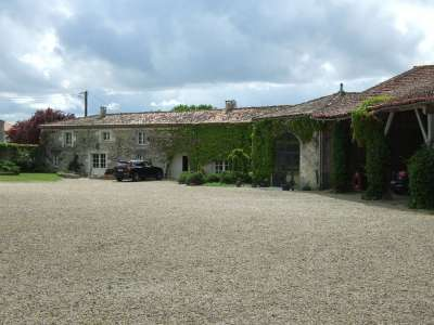 Image 16 | 17 bedroom house for sale with 1.17 hectares of land, Cognac, Charente , Poitou-Charentes 219254