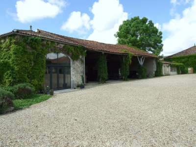 Image 29 | 17 bedroom house for sale with 1.17 hectares of land, Cognac, Charente , Poitou-Charentes 219254