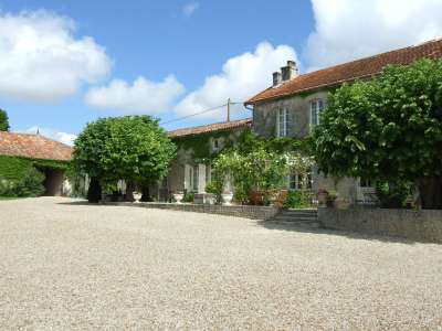 Image 4 | 17 bedroom house for sale with 1.17 hectares of land, Cognac, Charente , Poitou-Charentes 219254