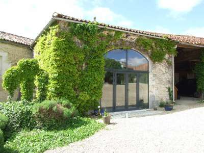Image 8 | 17 bedroom house for sale with 1.17 hectares of land, Cognac, Charente , Poitou-Charentes 219254