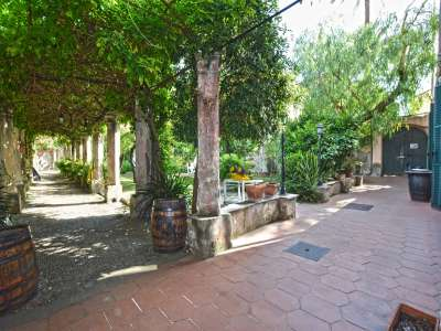 Image 2 | 5 bedroom villa for sale with 1,000m2 of land, Bordighera, Imperia, Liguria 219264
