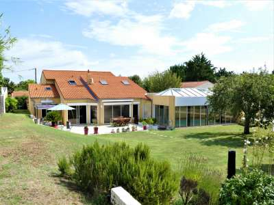 Image 15 | 7 bedroom house for sale with 0.31 hectares of land, Vaux sur Mer, Charente-Maritime , Poitou-Charentes 219322