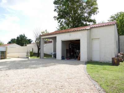 Image 27 | 7 bedroom house for sale with 0.31 hectares of land, Vaux sur Mer, Charente-Maritime , Poitou-Charentes 219322