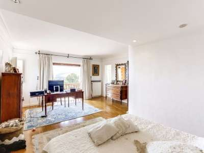 Image 7   6 bedroom villa for sale with 0.6 hectares of land, Port Grimaud, Grimaud, French Riviera 219507