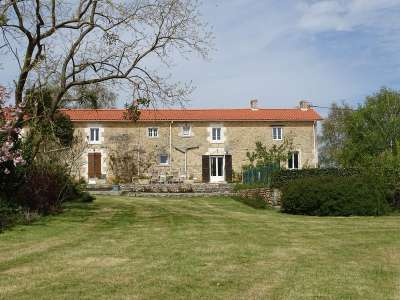 Image 24 | 14 bedroom farmhouse for sale with 1.17 hectares of land, Fontenay le Comte, Vendee , Pays-de-la-Loire 219544