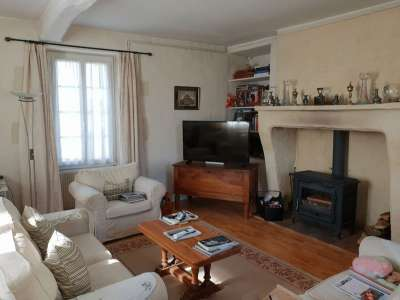 Image 2 | 4 bedroom house for sale with 1,228m2 of land, Villebois Lavalette, Charente , Poitou-Charentes 219745