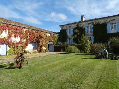 Image 25 | 11 bedroom house for sale with 7.12 hectares of land, Riberac, Dordogne , Aquitaine 219929