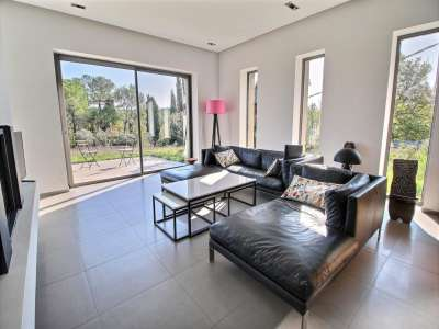 Image 2 | 2 bedroom house for sale with 0.5 hectares of land, Fayence, Var , Cote d'Azur French Riviera 220032