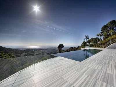 Image 1   5 bedroom villa for sale with 0.59 hectares of land, La Zagaleta Golf, Benahavis, Malaga Costa del Sol, Andalucia 220168