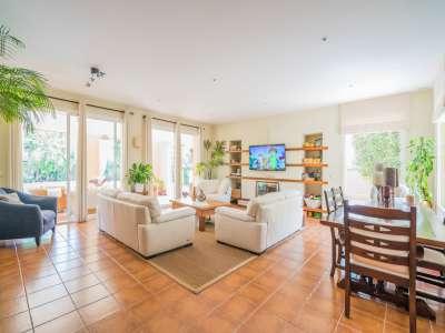 Image 2 | 4 bedroom villa for sale with 1,263m2 of land, Atalaya Golf, Estepona, Malaga Costa del Sol, Andalucia 220231