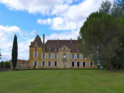 Image 2 | 11 bedroom French chateau for sale with 19 hectares of land, Beaumont du Perigord, Dordogne , Aquitaine 220265