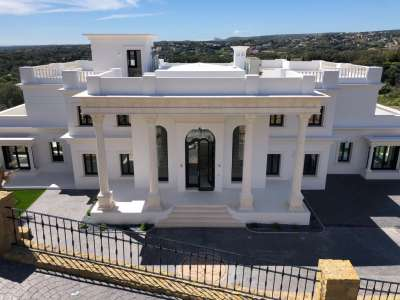 Image 19 | 8 bedroom villa for sale with 0.34 hectares of land, Sotogrande, Cadiz, Andalucia 220377