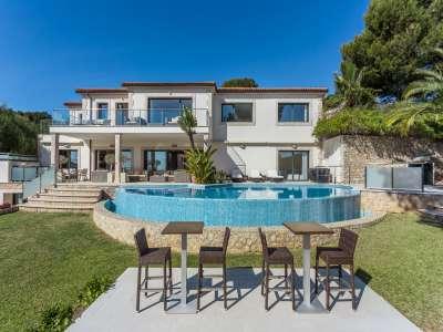 Image 1   5 bedroom villa for sale with 1,486m2 of land, Bendinat Golf, Bendinat, South Western Mallorca, Mallorca 220507