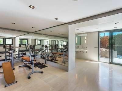 Image 15   5 bedroom villa for sale with 1,486m2 of land, Bendinat Golf, Bendinat, South Western Mallorca, Mallorca 220507