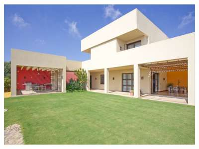 Image 2 | 6 bedroom villa for sale with 0.35 hectares of land, Sotogrande, Cadiz, Andalucia 220526