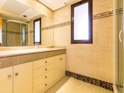 Image 11 | 2 bedroom apartment for sale, Las Lomas del Conde Luque, Benahavis, Malaga Costa del Sol, Andalucia 220527