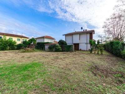 Image 29 | 5 bedroom villa for sale with 1,150m2 of land, Pietrasanta, Lucca, Tuscany 220668