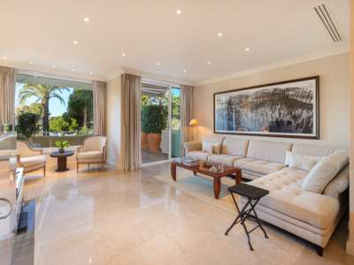 Image 2 | 2 bedroom apartment for sale, La Croisette, Cannes, French Riviera 220816