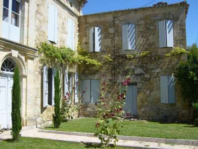 Image 2   7 bedroom French chateau for sale with 2,000m2 of land, Valence, Tarn-et-Garonne , Gascony 221060