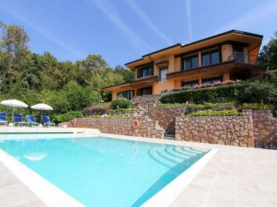 Image 1 | 4 bedroom villa for sale with 0.9 hectares of land, Bardolino, Verona, Lake Garda 221068