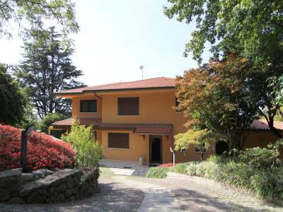 Image 3 | 4 bedroom villa for sale with 0.9 hectares of land, Bardolino, Verona, Lake Garda 221068