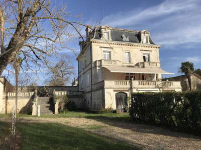 Image 2 | 6 bedroom house for sale with 0.34 hectares of land, Angouleme, Charente , Poitou-Charentes 221652