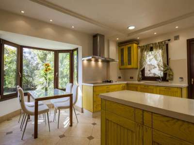Image 3 | 5 bedroom villa for sale with 1,107m2 of land, Puente Romano, Marbella, Malaga Costa del Sol, Marbella Golden Mile 221670