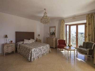 Image 4 | 5 bedroom villa for sale with 1,107m2 of land, Puente Romano, Marbella, Malaga Costa del Sol, Marbella Golden Mile 221670