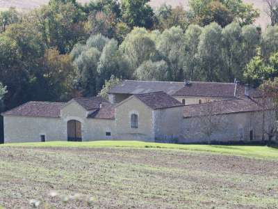 Image 1 | 5 bedroom farmhouse for sale with 1.9 hectares of land, Condom, Gers , Gascony 221804