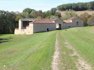 Image 2 | 5 bedroom farmhouse for sale with 1.9 hectares of land, Condom, Gers , Gascony 221804