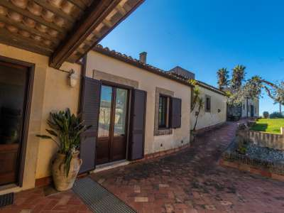 Image 2 | 20 bedroom villa for sale with 20 hectares of land, Noto, Syracuse, Sicily 222522