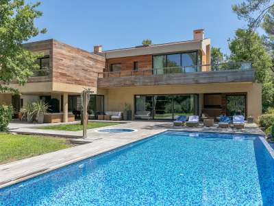 Image 1 | 7 bedroom villa for sale with 0.96 hectares of land, Tourrettes, Var , Cote d'Azur French Riviera 222548