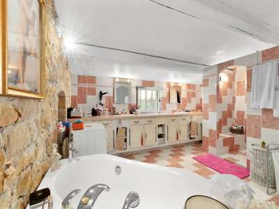 Image 8 | 3 bedroom house for sale with 0.9 hectares of land, Fayence, Var , Cote d'Azur French Riviera 222901