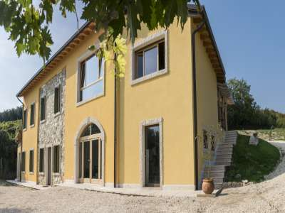 Image 1   5 bedroom farmhouse for sale with 0.3 hectares of land, Verona, Veneto 223053