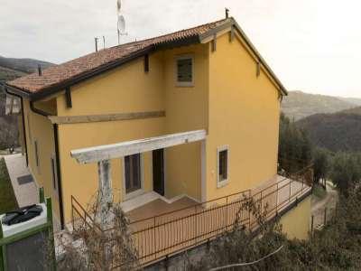 Image 35   5 bedroom farmhouse for sale with 0.3 hectares of land, Verona, Veneto 223053