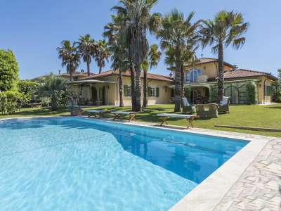 Image 1 | 4 bedroom villa for sale with 0.25 hectares of land, Forte dei Marmi, Lucca, Tuscany 223156